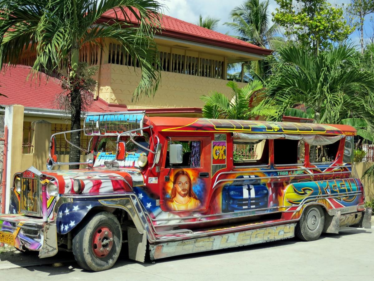 bus-1196446_1280