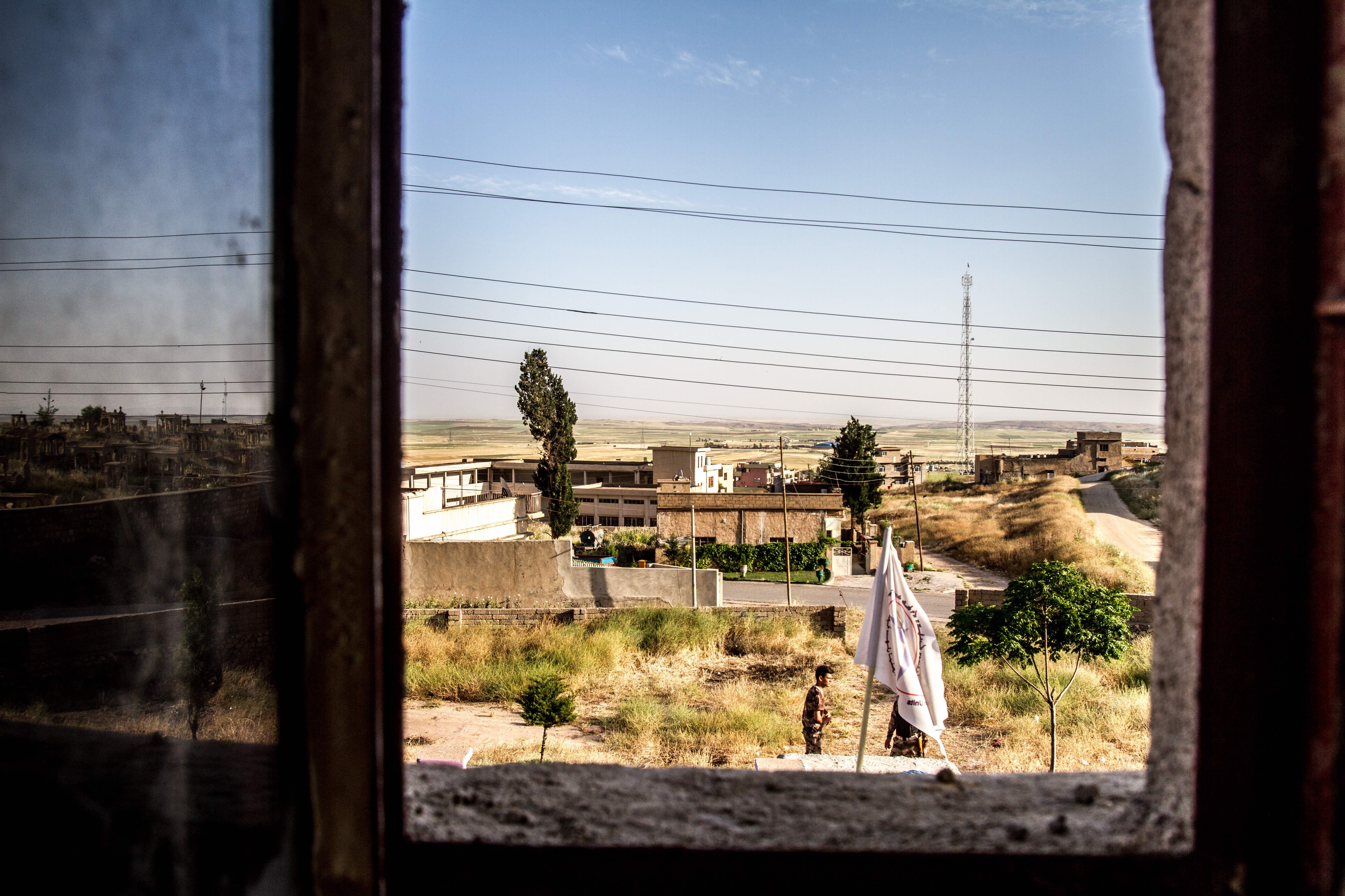 View from the firing tower in Alqosh used by snipers, manned by the Nineveh Protection Unit, another Christian-formed militia in the region. © Jan Husar
