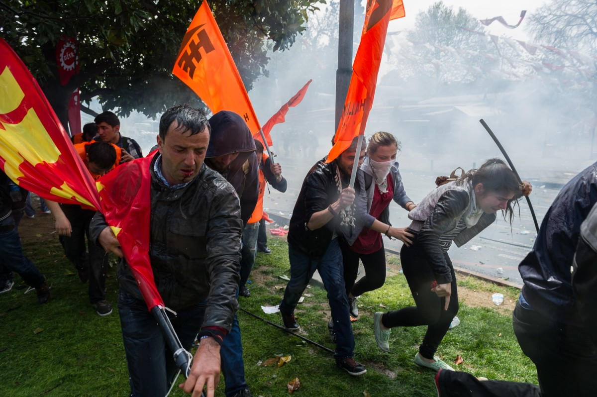 01 05 2015. In Besiktas, Istanbul. Demonstrators flee during the 1 May Demonstration from water cannons and tear gas. The police used water cannons and tear gas against several thousand demonstrators.